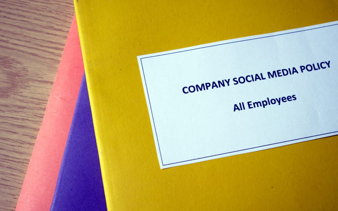 How to draft an effective workplace social media policy