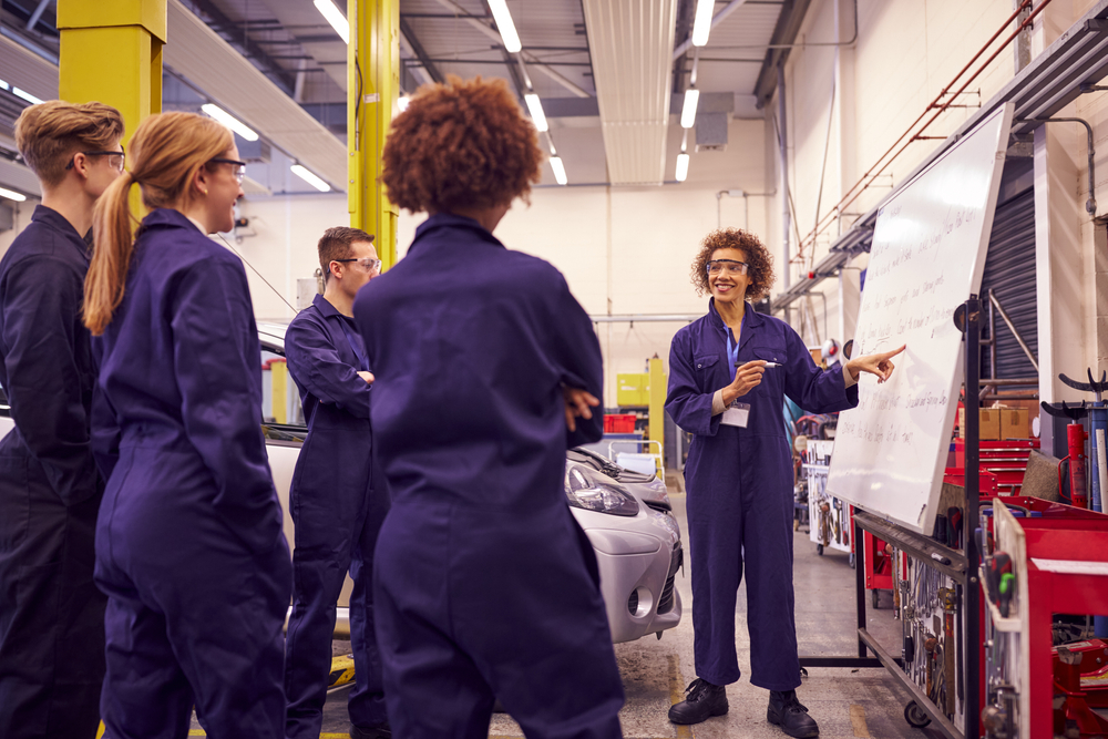 Apprenticeships: Which onboarding process is right for your business?
