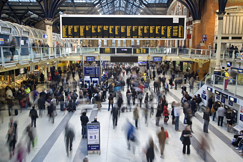 Does the work commute improve mental wellbeing?